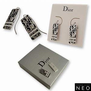 Christian Dior クリスチャン ディオール D69397 トロッター ピアス  ブラック