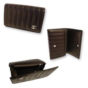 Chanel(シャネル) A30044 D BR 財布 マドモアゼル 2つ折中財布