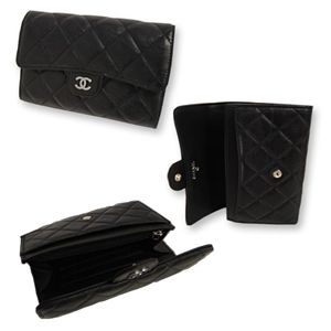 Chanel(シャネル) A31505 BK 2つ折中財布