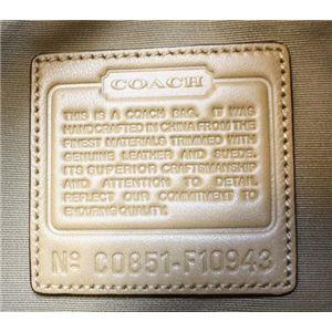 COACH(コーチ)ソーホーシグネチャー 10943 SKHCA ステッチド ラージホーボー ショルダーバッグ カーキ/キャメル