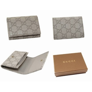 GUCCI(グッチ) カードケース/名刺入れ 120965 A0V1G 9022 GG 型押し牛革(アイボリー)
