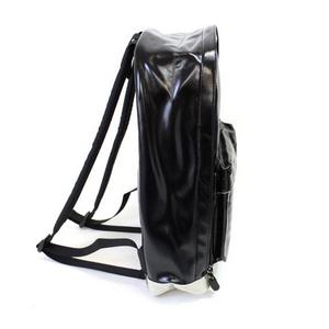 OUTDOOR(アウトドア) 12429189-60 シャイニング PU デイパック ブラック