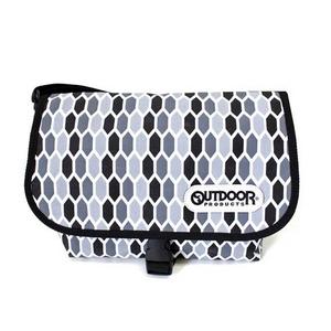 OUTDOOR(アウトドア) 12439253-60 ハニカムメッセンジャーバッグの詳細を見る
