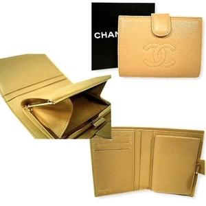 CHANEL(シャネル) A13497BE キャビアスキン 2つ折りがま口財布 ベージュ