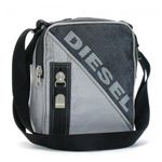 DIESEL(ディーゼル) ナナメガケバッグ SURF IN THE NET... XL48 T8059 グレー H23×W18×D8