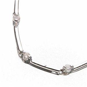 ダイヤ1ctステーションネックレスの宝石