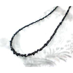 ブラックダイヤ15ctラフクリスタル ラウンドネックレス