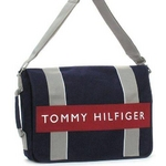 TOMMY HILFIGER(トミーヒルフィガー) HARBOUR POINT II(ハーバーポイント2) メッセンジャーバッグ NAVY/RED