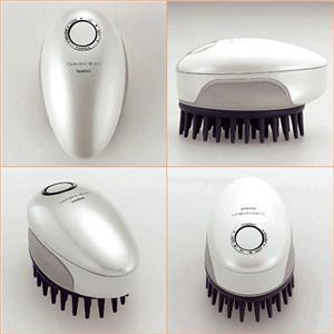 頭皮洗浄ブラシ モミダッシュ PRO