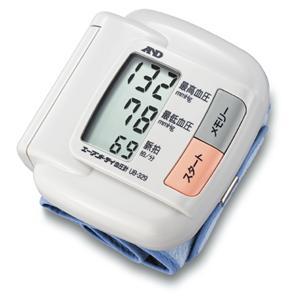 血圧データが残せる血圧管理手帳付!手首式血圧計 UB-329の商品画像大