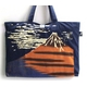 抜染和柄キャンパスバッグ 赤富士 写真1