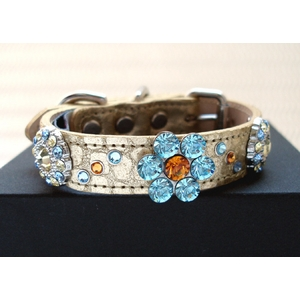 デザイナーが考えたラインストーンきらきらの犬首輪「zebraflower」