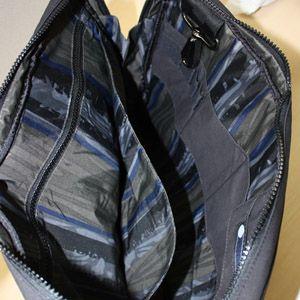 LeSportsac(レスポートサック) メンズ ショルダーバッグ 9727 5815 キャヴァーン ブラック