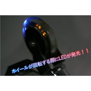 LED内蔵でホイールが回ると光る 折畳み式 KICKBOARD(キックボード)