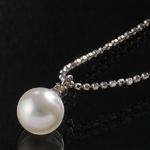 《地球遺産シリーズ》シルバー7.0ミリup花珠パールダイヤモンド入りネックレスの詳細ページへ