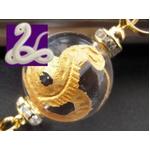 大玉金彫り 白蛇水晶 縁起物ストラップ《パワーストーン・天然石》の詳細ページへ