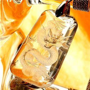龍彫り水晶ペンダント