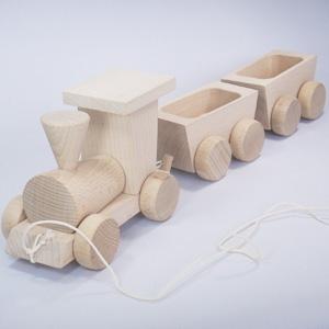 白木の貨物列車
