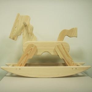 白木の木馬: