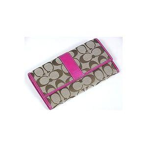 ピンクの【COACHコーチ】<br> シグネチャースリム3つ折り長財布