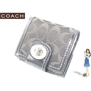 COACH(コーチ) ハンプトンズ シグネチャー ターンロック フレンチ 財布 ブラウン 42428