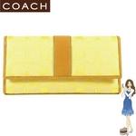 Coach(コーチ) 3つ折り長財布 シグネチャー チェックブック イエロー 41878の詳細ページへ