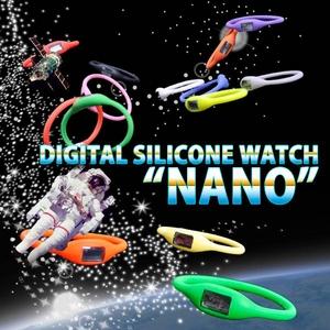 デジタル シリコン ウォッチ ナノ ネオン ピンク Mサイズ