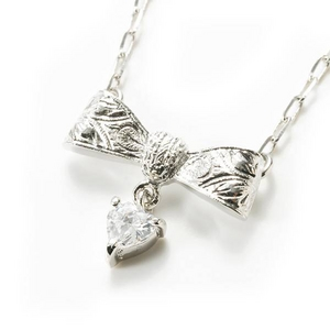 Beji(ベジ) ribbon type/ネックレス/Sparkle Silver×White Stone【czダイヤ】【網戸もえさん着用】