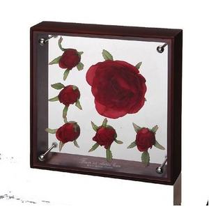 《フラワーフレーム》フラワーアート コレクションボックス Mサイズ・レッドローズバド