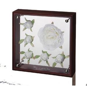 《フラワーフレーム》フラワーアート コレクションボックス Mサイズ・ホワイトローズバド