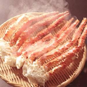 「ボイルタラバガニ脚1kg(500g×2肩)」03 太い脚肉をほうばる満足感!迫力!食べ応え満点!!