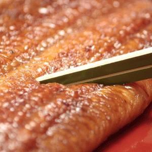【母の日までにお届けします】 愛知県産うなぎ使用 うなぎ割烹「一愼」特製うなぎ串蒲焼 約100g×5串(たれ、山椒セット)