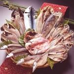 沼津「奧和」のひもの詰合せ7種(18枚)あじ、さんま、かます、金目鯛、えぼ鯛、ほっけ、さばの詳細ページへ