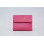 サフィアーノレザー 二つ折り財布(小銭入れ有) ピンク 1MO170 BEGONIA SAFFIANO METAL
