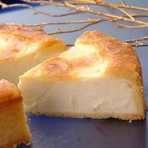 【チーズから手作り】トロイカ・オリジナル・ベークド・チーズケーキ・6号