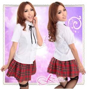 コスプレ 赤チェックスカートのスクールコスプレ・学生服(黒リボン付ブラウス)