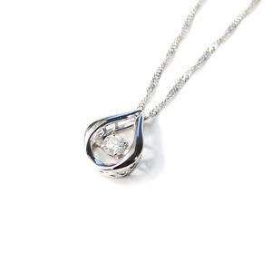ダンシングストーン プラチナ ダイヤモンド しずく型 ペンダント スクリューチェーン
