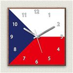 壁掛け時計/デザインクロック 【チェコ国旗】 30cm角 木材/ウォールナット調素材 『MYCLO』 〔インテリア雑貨 贈り物 什器〕の詳細ページへ