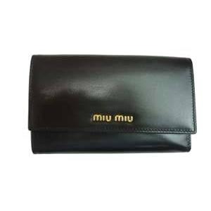 MIUMIU(ミュウミュウ) 5M1097 276 NEROブラック 財布 札入れ