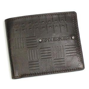 DIESEL(ディーゼル) 2つ折りカード入れ JEM-BOSS 00XN76 NEELA SMALL EMBOSS T2178 ダークブラウン