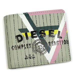 DIESEL(ディーゼル) 二つ折り財布(小銭入れ付) MONEY-MONEY 00XM69 HIRESH SMALL PU H2413 カーキー