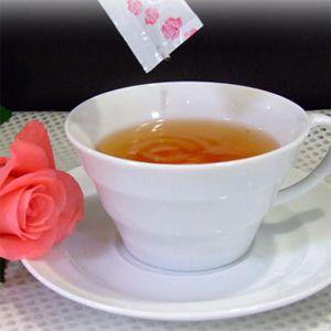 朝摘み薔薇の雫