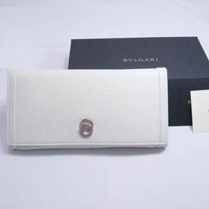 BVLGARI(ブルガリ) #25232 Woman wallet 7 CC&ID with internal zip and flap Goat leather chalk/calf leather chalk/P