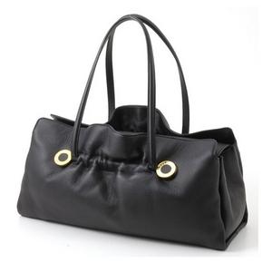落ち着いた黒色のシックなバッグ☆BVLGARI Twist bag