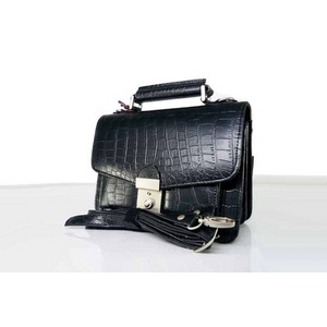 ALPHARD VALENTINO(アルファード バレンチノ) マットクロコ型押し 多機能セカンドバッグ