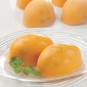 完熟マンゴー果肉をタップリ♪マンゴープリン