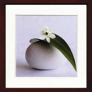 風景専門店あゆわら 《アートフレーム》Amelie Vuillon (アメリ・ヴイヨン)/ Fleur et galet