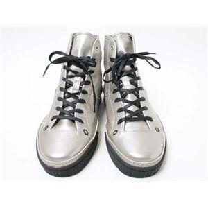 【現品限り】GUCCI(グッチ) スニーカー メンズ #10.5 靴 カーフ シルバー 【新品同様】