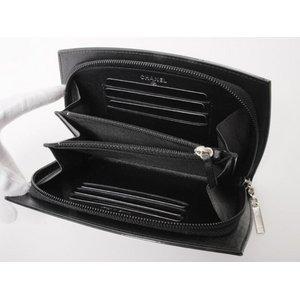 【美品 現品限り】 CHANEL [シャネル] メイクアップシリーズ ラウンドファスナー財布 A47662 黒 ブラック  【未使用】