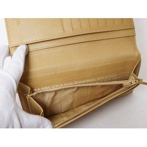 【美品 現品限り】 CHANEL [シャネル] チョコバー 2つ折長財布 ベージュ 【中古A】